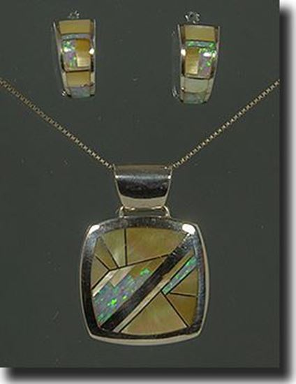 Native Made Gold Lip Shell & Created Opal Silver Pendant & Earrings