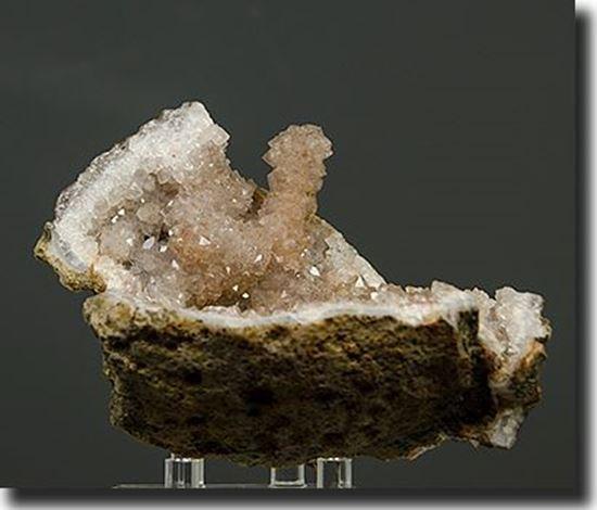 Quartz Psuedomorph after Calcite Geode